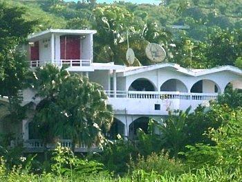 Haus vor Erdbeben